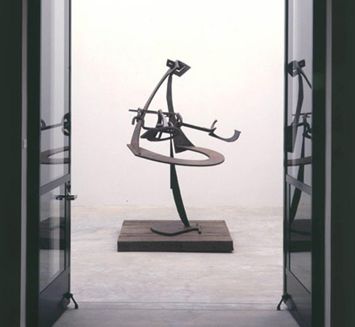 Mark di Suvero: Queen's Bishop 1991 - 1997
